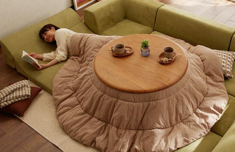 łóżko stolik 2
