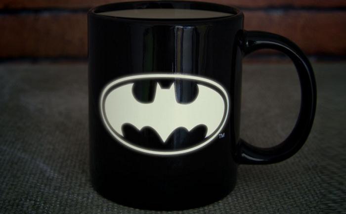 Świecący w ciemności kubek Batman