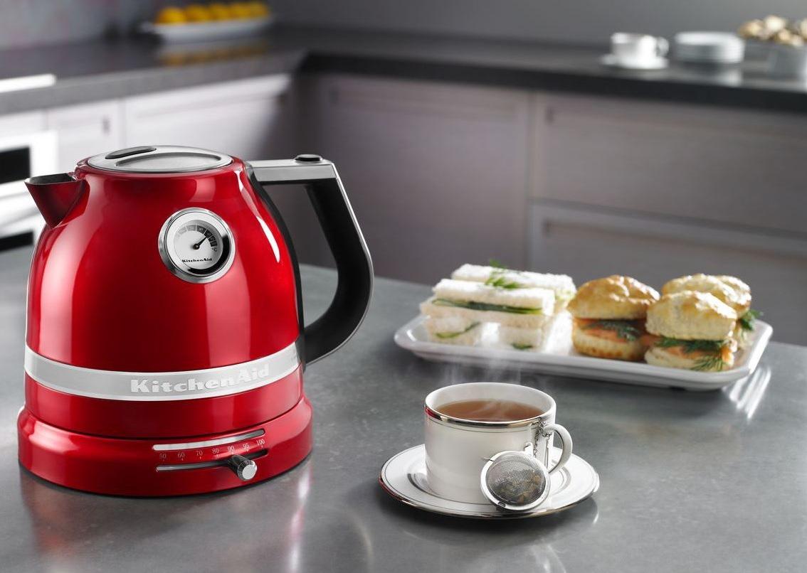 Retro czajnik elektryczny Artisan od KitchenAid