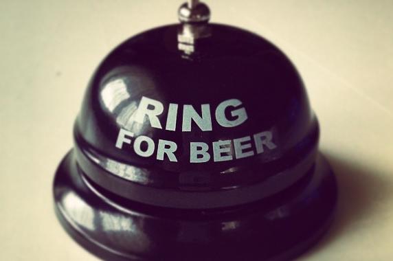 Piwny dzwonek retro Ring for beer