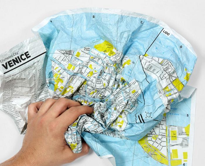 Wodoodporna mapa do gniecenia Crumpled City firmy Palomar