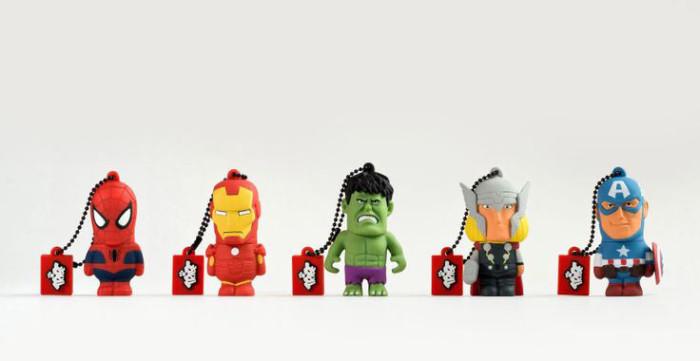 Komiksowy pendrive Avengers od Tribe