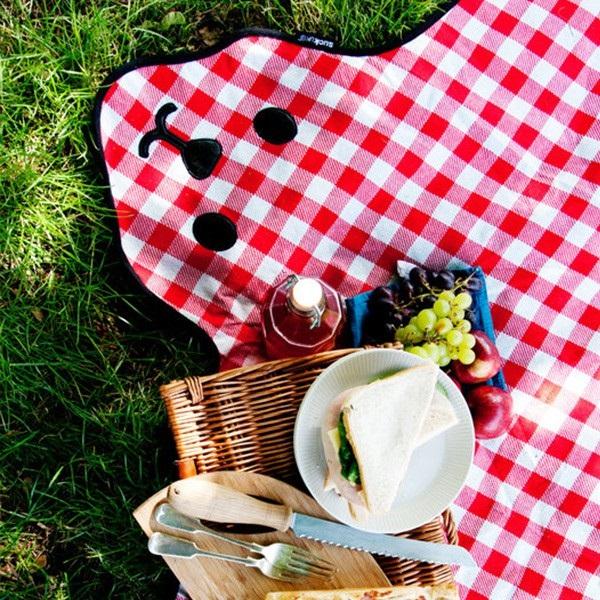 Kraciasty koc piknikowy miś