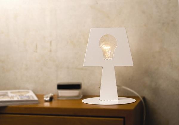 Minimalistyczna lampka nocna z kreskówki marki Pulpo