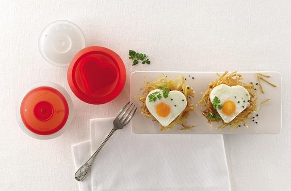 Naczynie do jajecznych serc Ovo marki Lekue