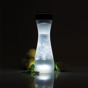 Elegancka świecąca karafka na wodę XDDesign