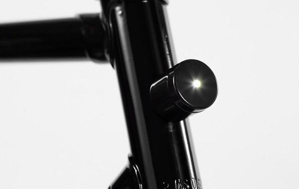 światełka do roweru magnes rama