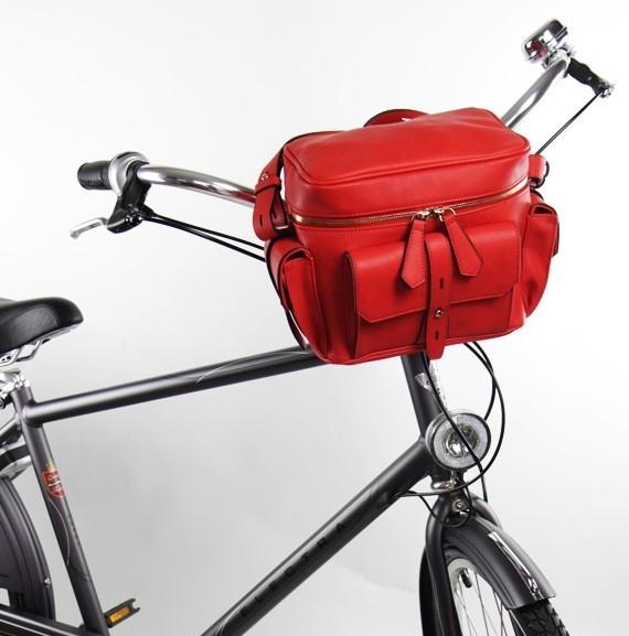 torba rowerowa czerwona na kierownice