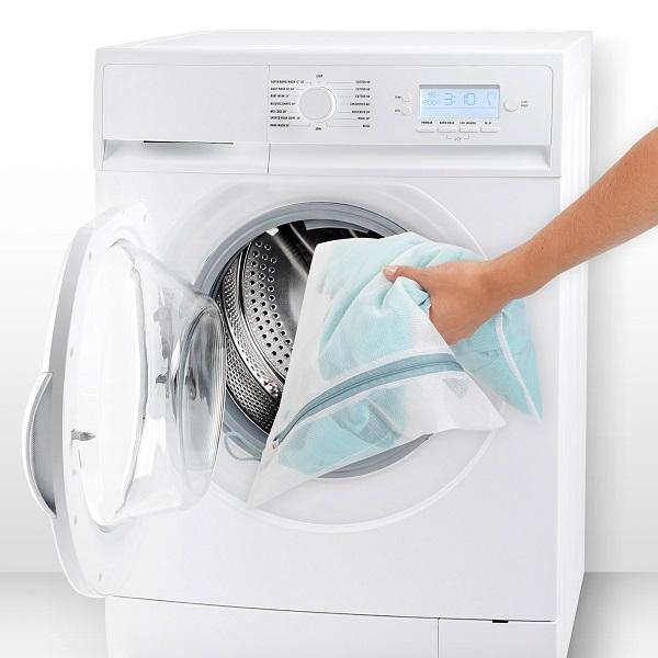Woreczki do prania delikatnych ubrań marki Brabantia