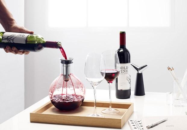 Karafka do dekantacji wina kula marki Eva Solo