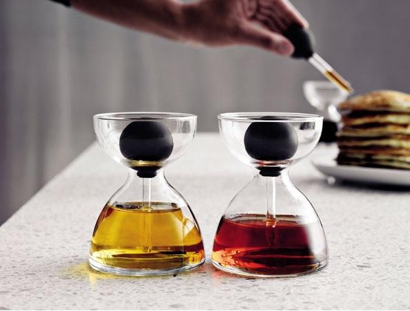 Karafki do oliwy i octu z pipetą marki Menu