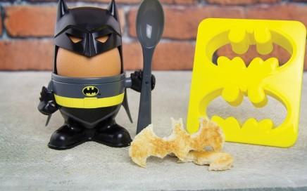 kieliszek na jajko z wykrawaczem do tostów batman