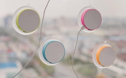 Okrągła ładowarka solarna na okno XdDesign