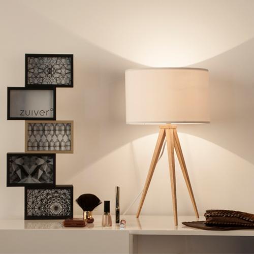 Stylowa lampa trójnóg marki Zuiver