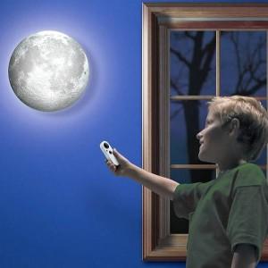 Lampa księżyc ze zmianą jasności