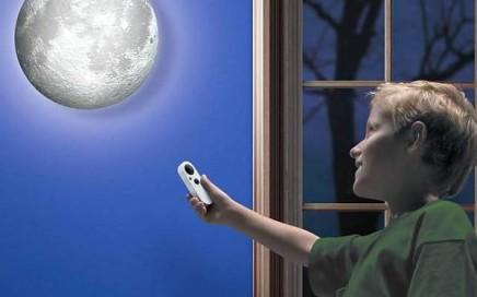 lampa księżyc z kilkoma stoniami jasności