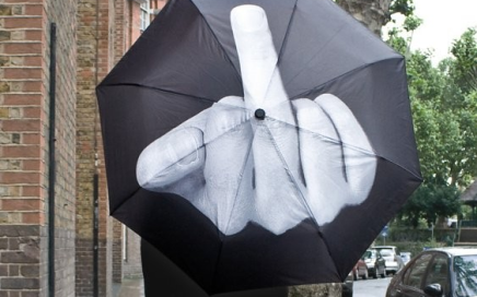 parasol ze środkowym palcem fuck