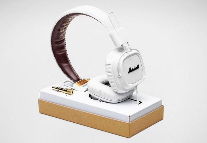 Stylowe białe słuchawki Major Marshall