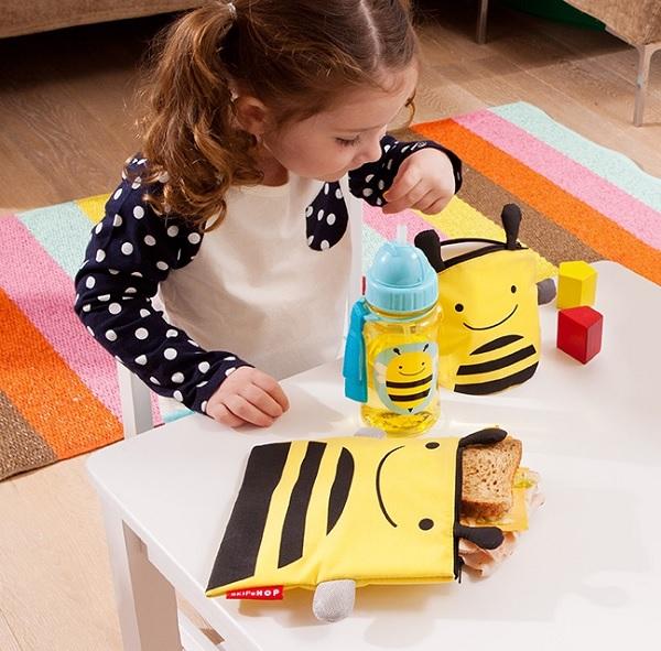 Saszetki na drugie śniadanie pszczółki z serii Zoo od Skip Hop