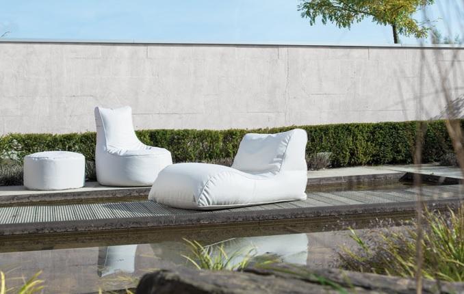 Miękka leżanka ogrodowa Relaxer marki Sitting Bull