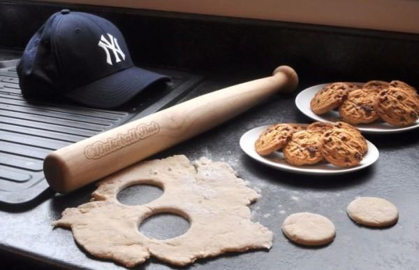 Drewniany wałek kij baseballowy Bakeball Bat