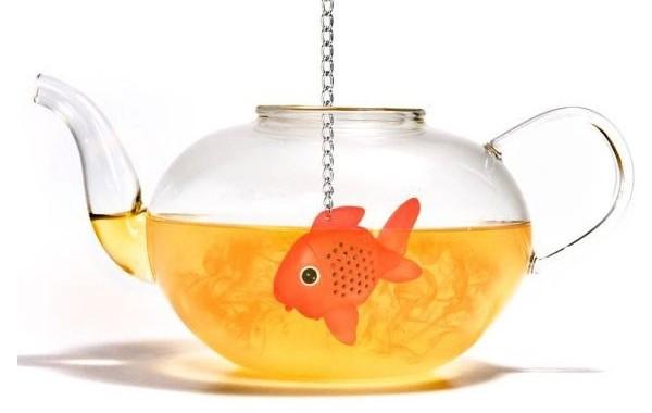 zaparzacz do herbaty złota rybka