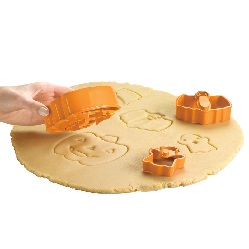 Halloweenowe foremki do ciastek marki Cuisipro