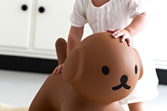 Dziecięce krzesełko pies Snuffy marki Mr Maria