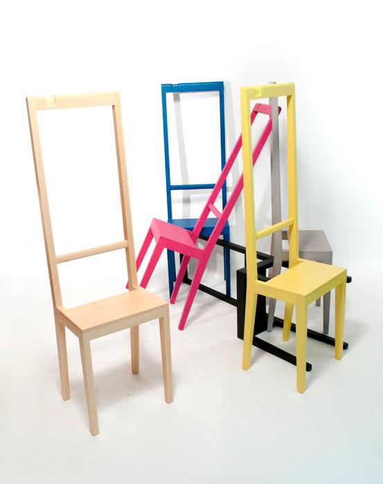 Krzesło z wieszakiem 2w1 marki Covo