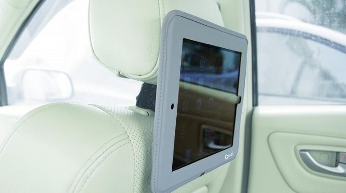 mocowanie na tablet do auta