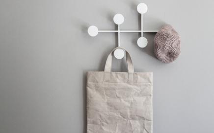 minimalistyczny wieszak Menu