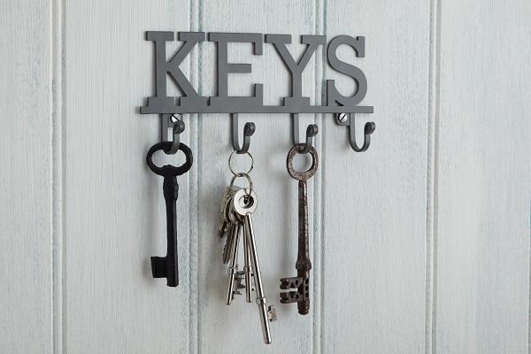 Wieszak na klucze z napisem Keys od Kitchen Craft