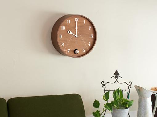 okrągły drewniany zegar z kukułką marki Lemnosc