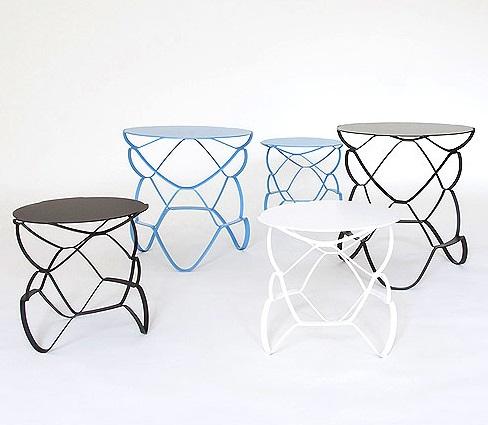 Stalowy stolik marki Pulpo