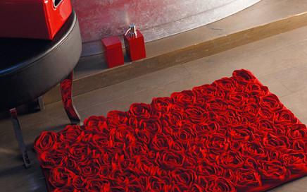 dywanik lazienkowy róże
