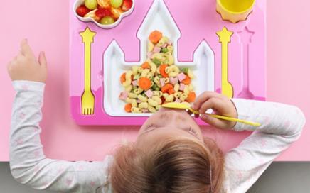 Dziecięcy zestaw obiadowy zamek księżniczki Doiy Design
