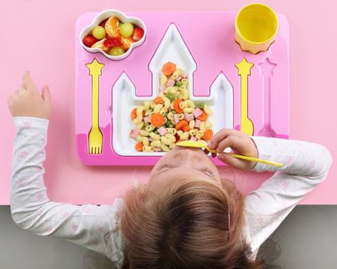 Dziecięcy zestaw obiadowy zamek księżniczki od Doiy