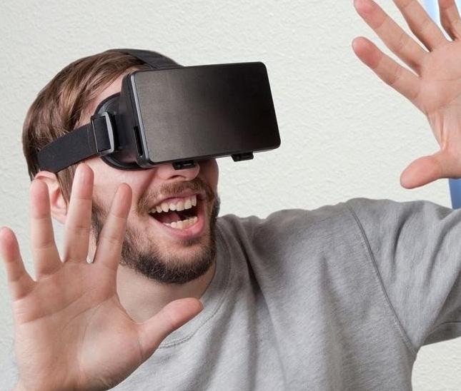 Okulary wirtualnej rzeczywistości do Smartfona od ThumbsUp