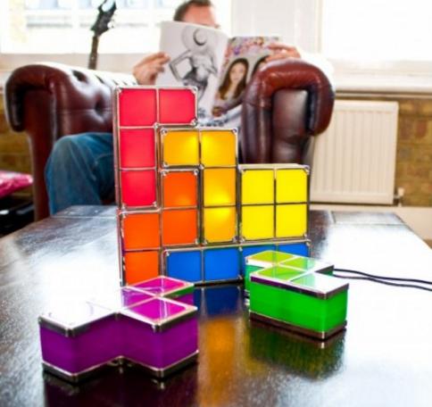 Lampka kolorowe klocki Tetris marki Paladone
