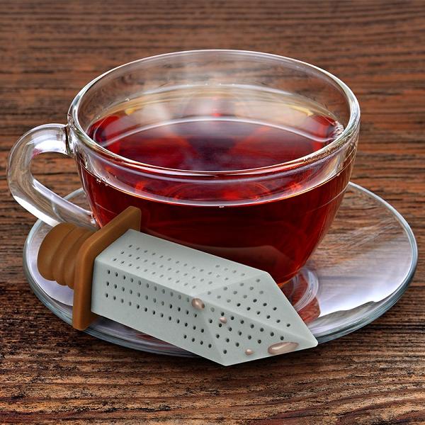 Zaparzaczka do herbaty miecz od Fred & Friends