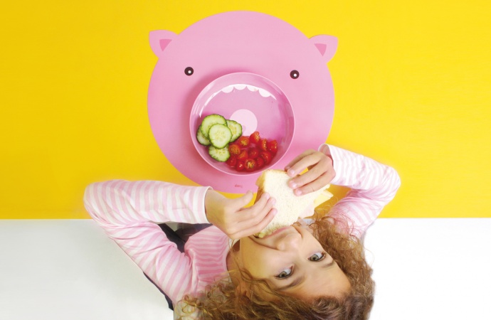 Dziecięcy zestaw obiadowy świnka Hungry Pig marki Doiy