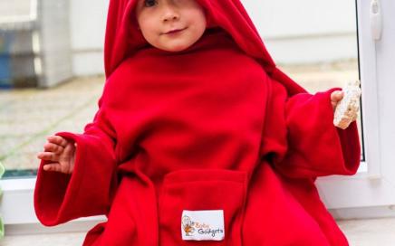 koc z rękawami dla dziecka