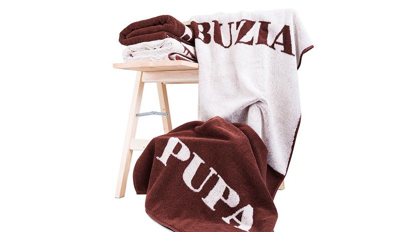 Zabawny ręcznik buzia pupa