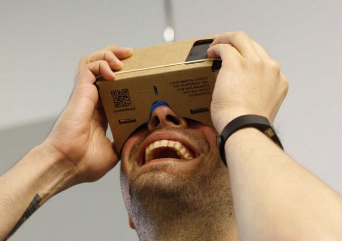 Tekturowe składane okulary do wirtualnej rzeczywistości Google Cordboard
