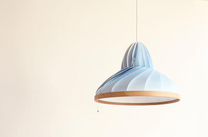 Pastelowa lampa Wave by Studio Snowpuppe