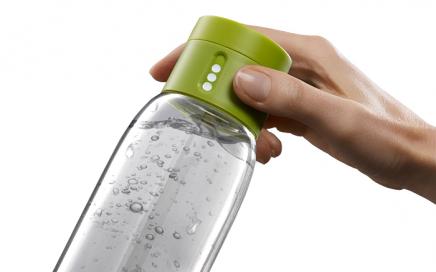 butelka liczaca wypita wode 2