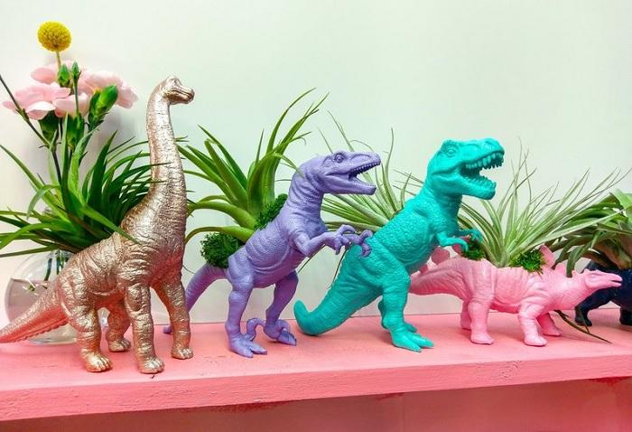 doniczki dinozaury
