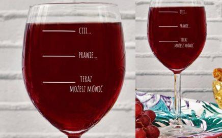 kieliszek cii wino