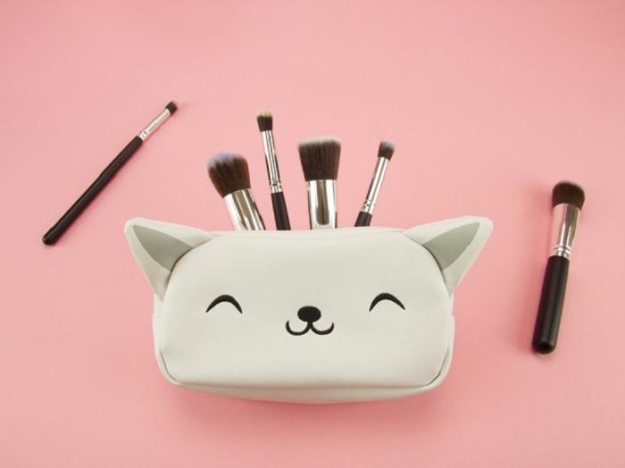 kosmetyczka kotek