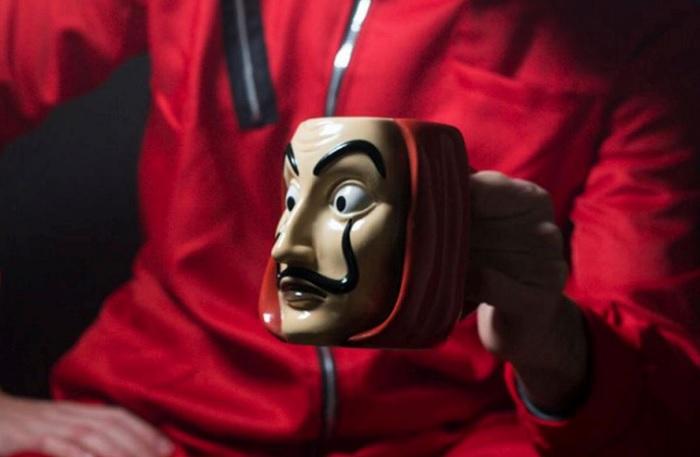 Kubek 3D Maska Salvadora Dalego - Dom z Papieru